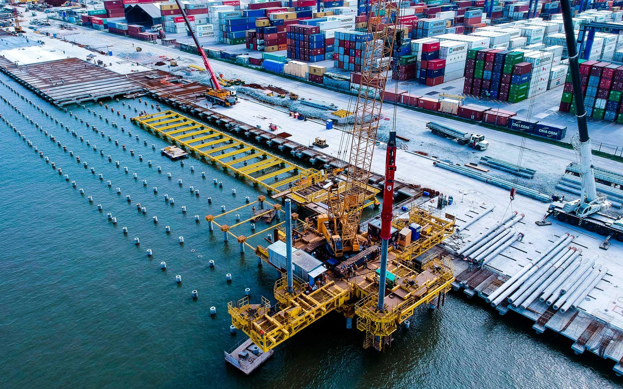 Fotografia aérea do porto de paranaguá